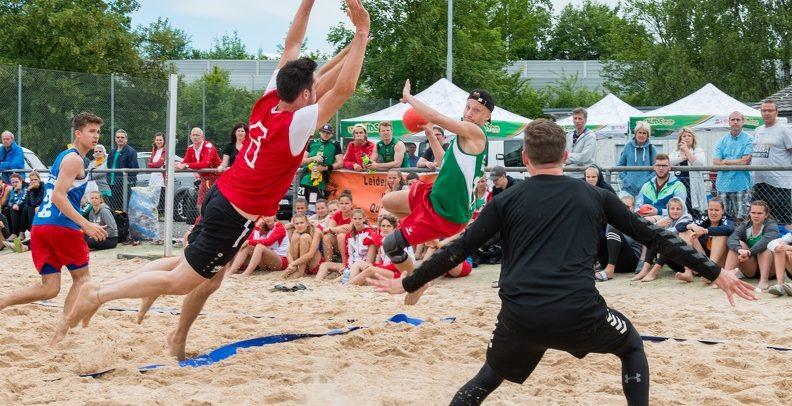 Beachhandballturnier mit SHL-Teams beim Lakelive Festival in Biel